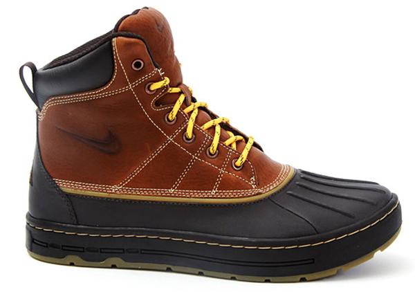 nike acg woodside boots fall 2010 sidewalk hustle