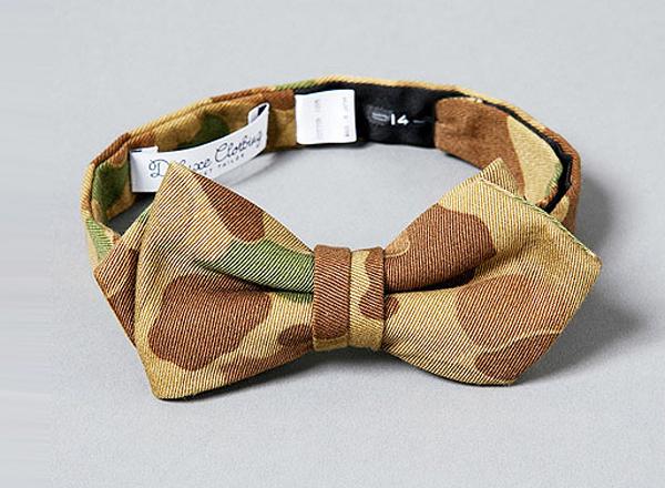 Deluxe Desert Camo Bow Tie