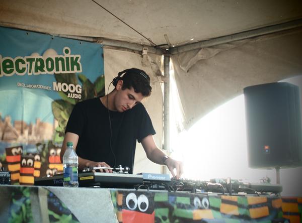 Jamie xx Osheaga 2011 DJ Set