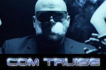 Com Truise Brokendate Music Video