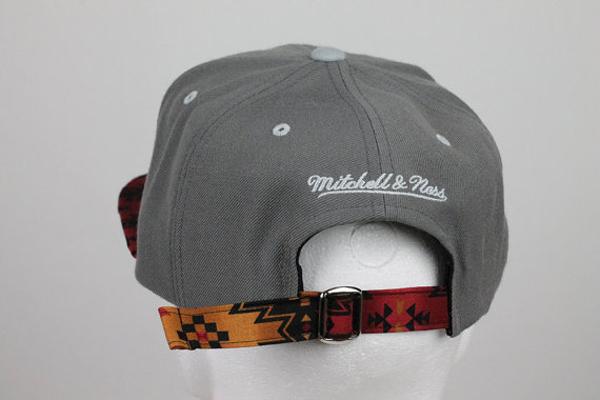41121a82a923d Custom Mitchell   Ness Chicago Blackhawks Black Aztec Print Strapback