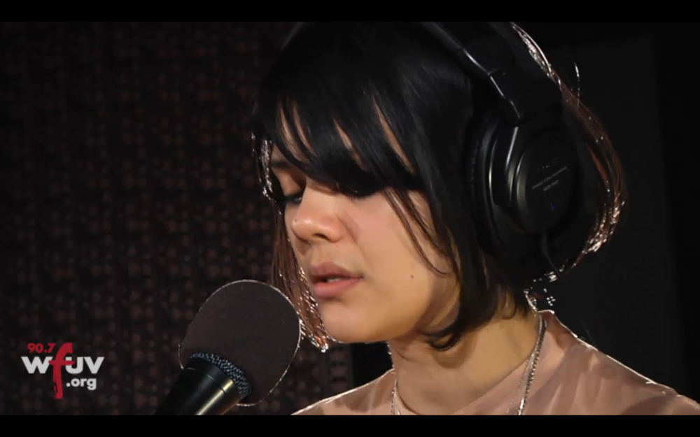 Bat for lashes laura share your