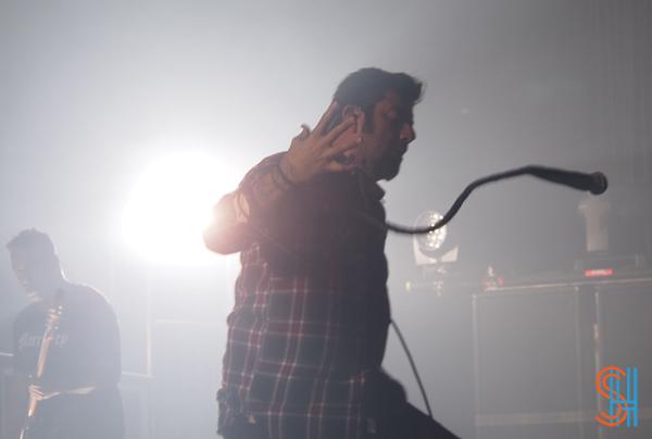 Deftones Toronto 2013 - Spiderman Mic Trick