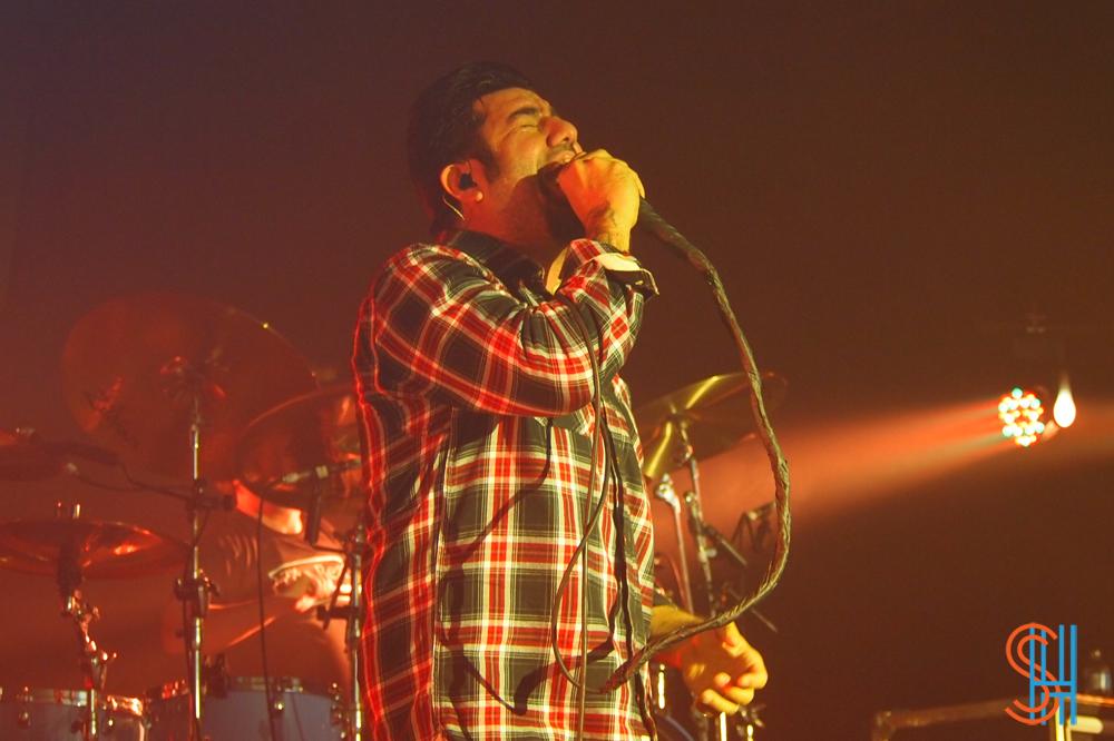 Deftones Toronto - Singing