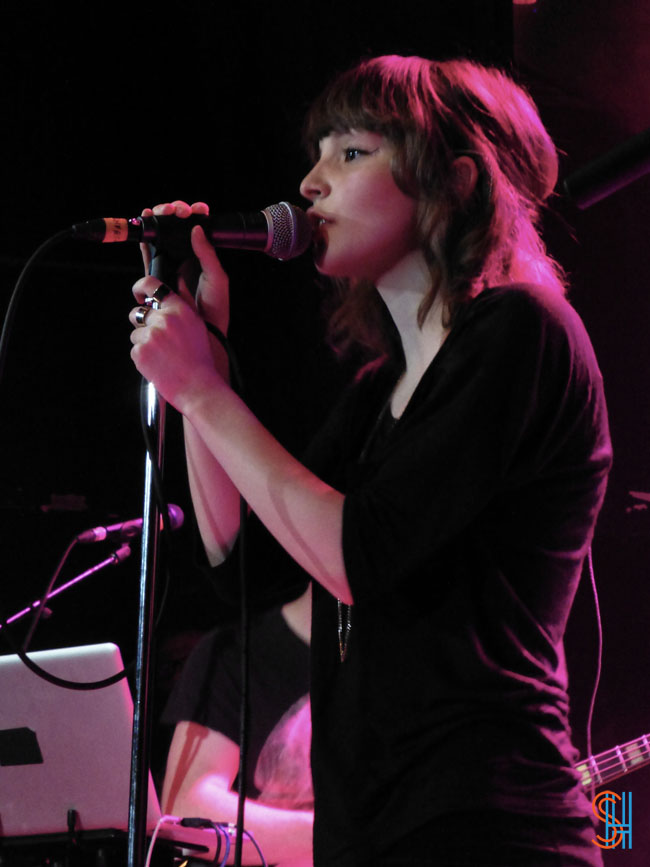 CHVRCHES at Canadian Music Festival 2013-3