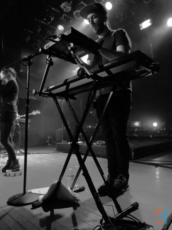 CHVRCHES at Canadian Music Festival 2013-4