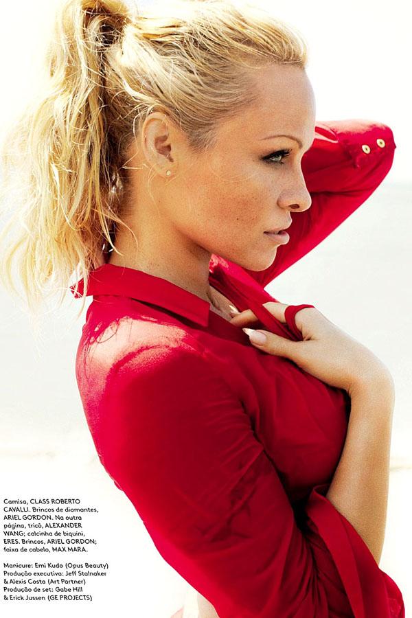 Pamela Anderson by Mario Testino for Vogue Brasil