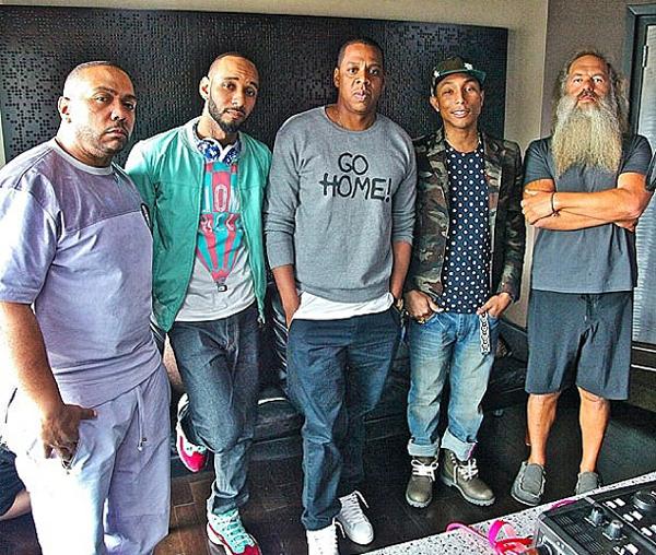 Jay-Z announces Magna Carta Holy Grail Samsung Deal