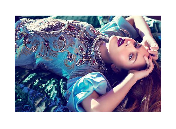 Scarlett Johansson Vogue Mexico December 2013-4