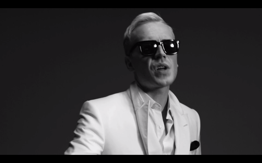 Mr Hudson Move Music Video