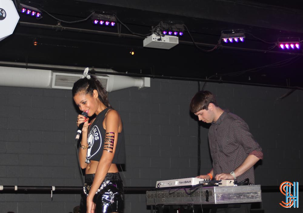AlunaGeorge-Hoxton-Toronto-September-2013-2