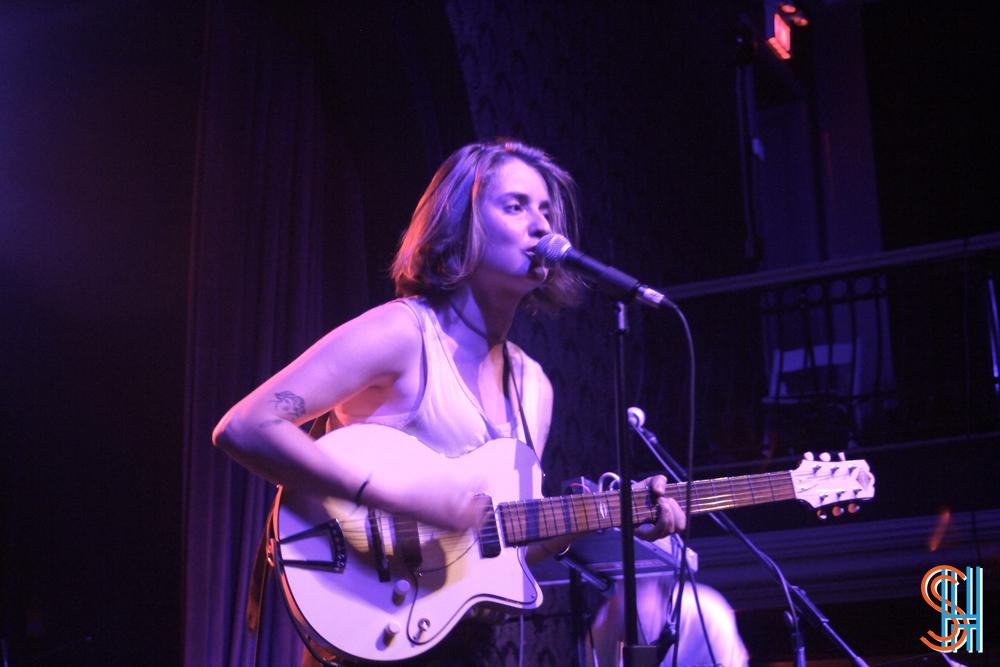 DIANA-Great-Hall-Toronto-September-2013-Carmen-Elle