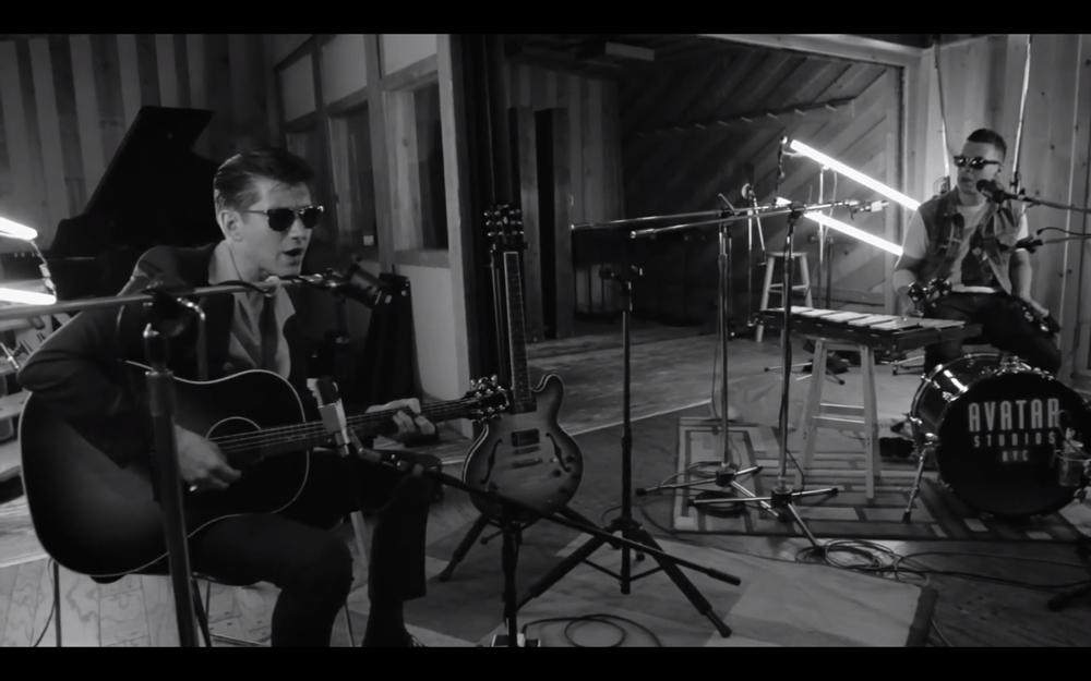 Arctic Monkeys - Do I Wanna Know Live at Avatar Studios