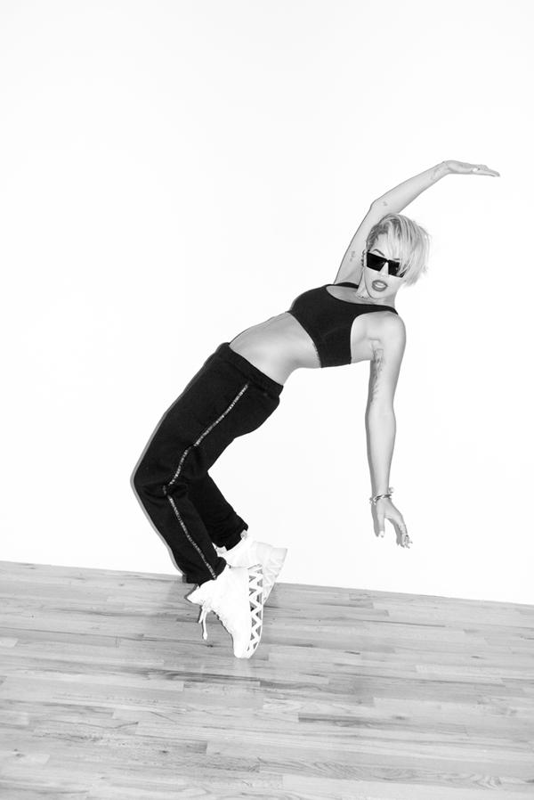 Rita Ora Photographed by Terry Richardson-3