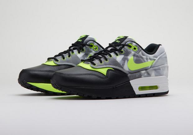 Nike-Sportwears-Brasil-Artists-Collaboration-8