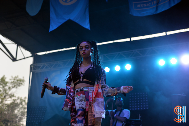 FKA Twigs at Pitchfork Music Festival 2014-4