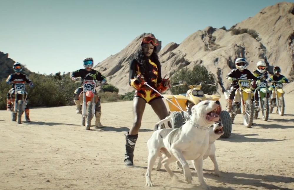 Azealia Banks Heavy Metal And Reflective Music Video