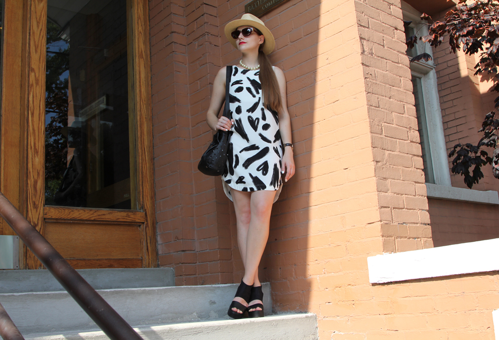 Labour Day Monochrome Outfit Full Body