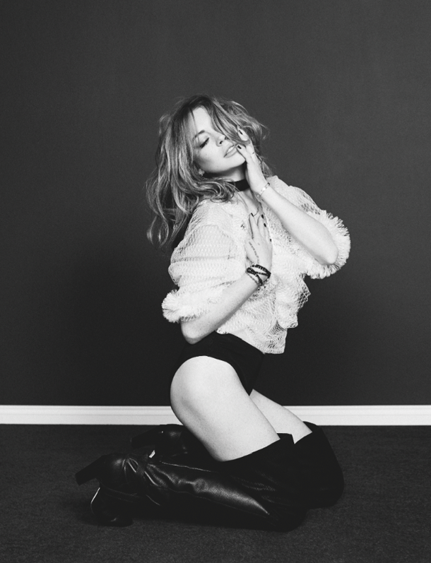 Lindsay Lohan for Wonderland Magazine-7