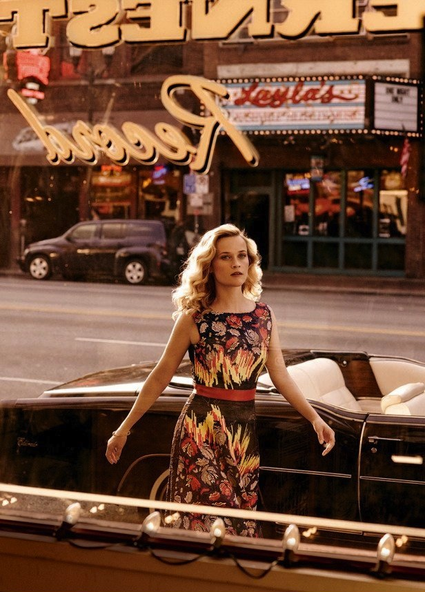 Reese Witherspoon for Vogue US October 2014-5