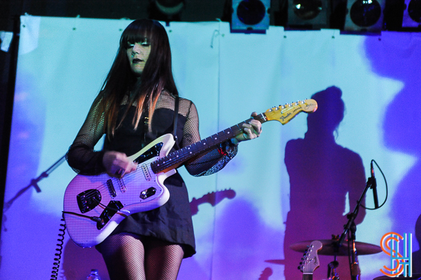Dum Dum Girls-4