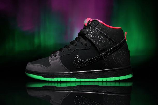 Nike SB X Premier Northern Lights Dunk High 2