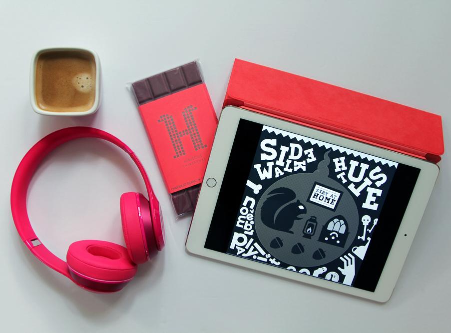 iPad-Air-2-Beats-Headphones