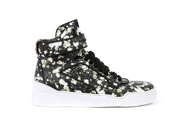 Givenchy Tyson High Baby Breath Hi Top Sneakers Black