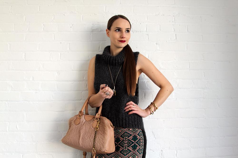 Hawley Dunbar Sidewalk Hustle Style Photo Profile Arm Smirk