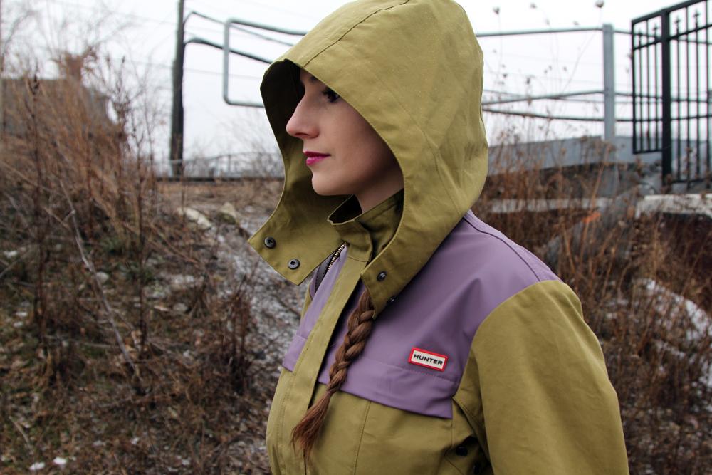 Rainy Winter Street Style Hood