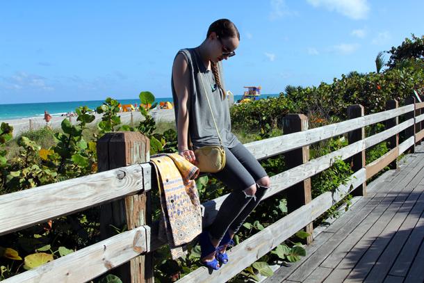 Miami Beach Style Sidewalk Hustle-6