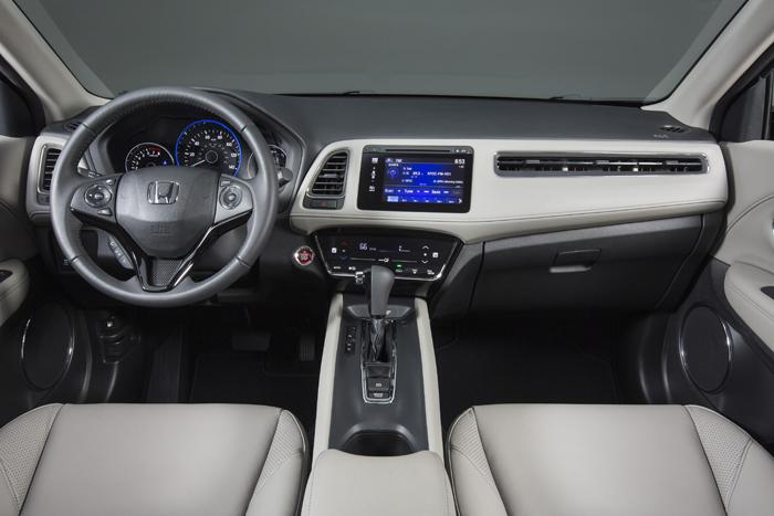 Introducing the 2016 Honda HR-V-inside-2