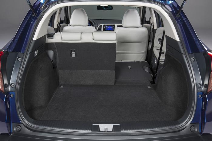 Introducing the 2016 Honda HR-V-trunk-2