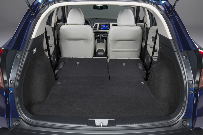 Introducing the 2016 Honda HR-V-trunk3