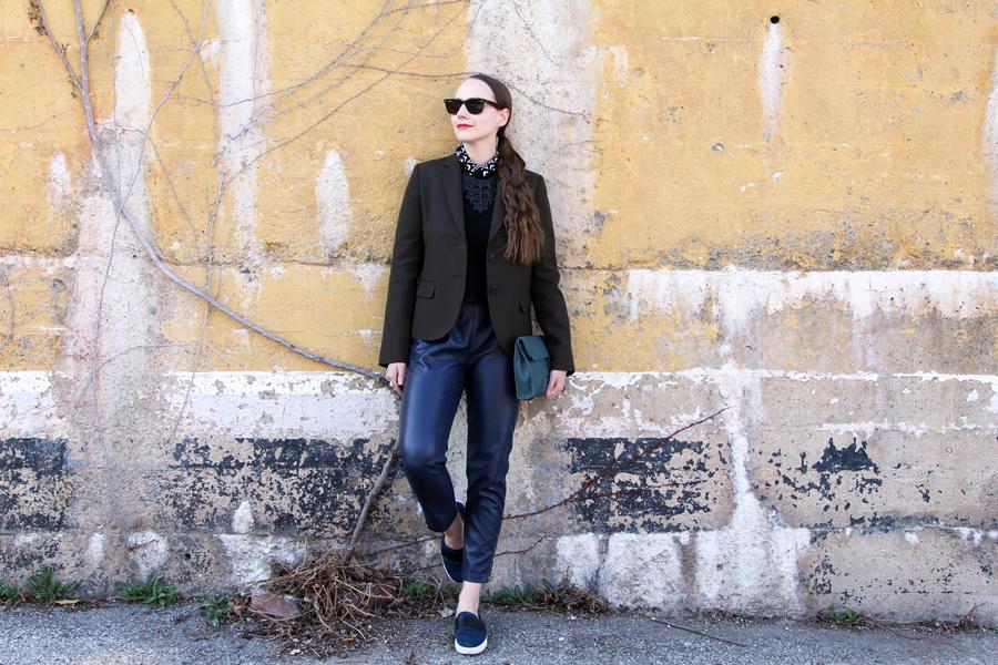 Moody Spring Style Sidewalk Hustle