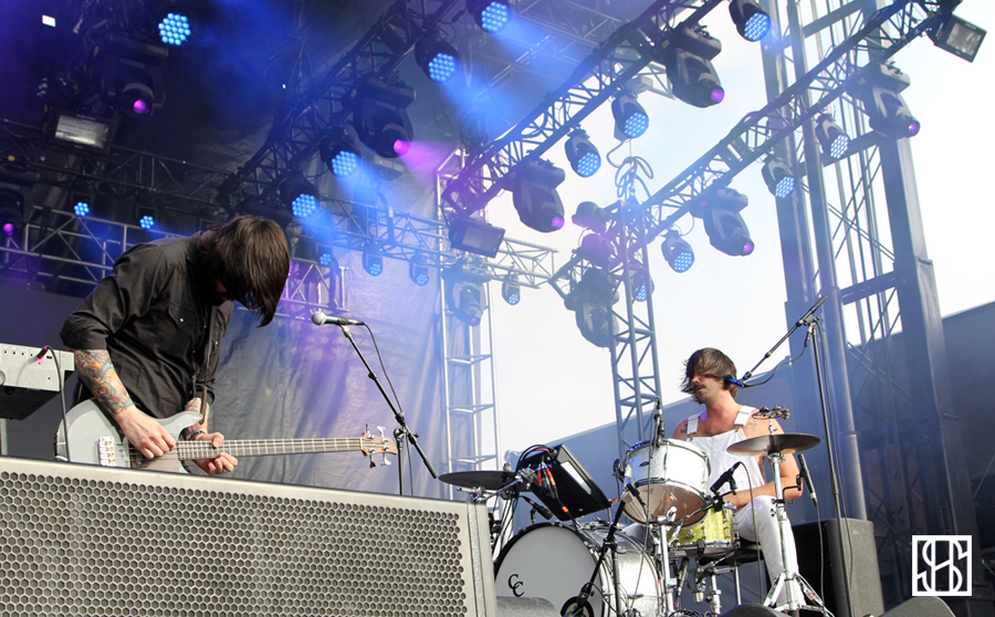 Death From Above 1979 Gov Ball 2015