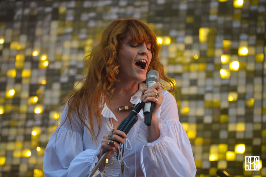 florence-and-the-machine-gov-ball-nyc-2015-10