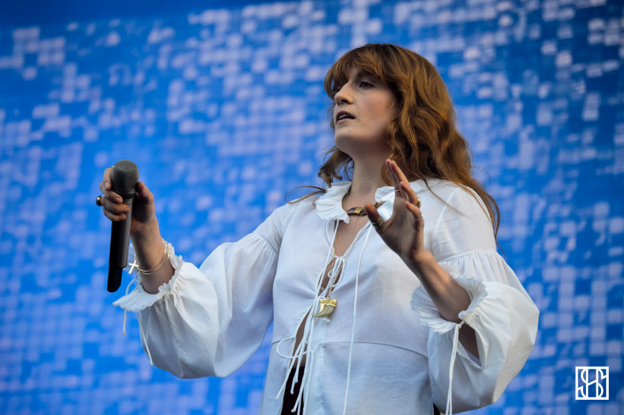 florence-and-the-machine-gov-ball-nyc-2015-12