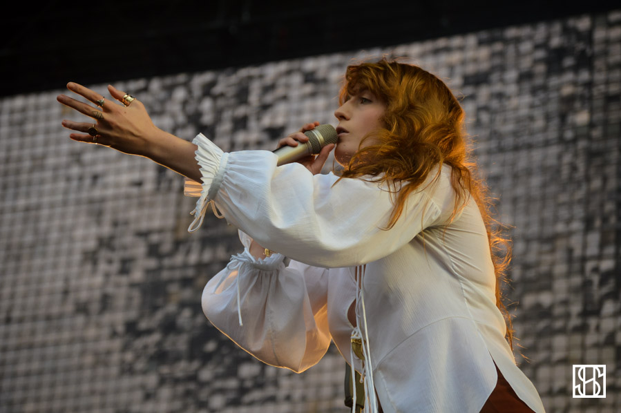 florence-and-the-machine-gov-ball-nyc-2015-3