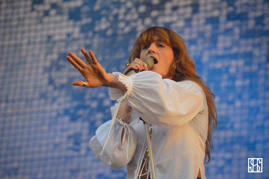 florence-and-the-machine-gov-ball-nyc-2015-6