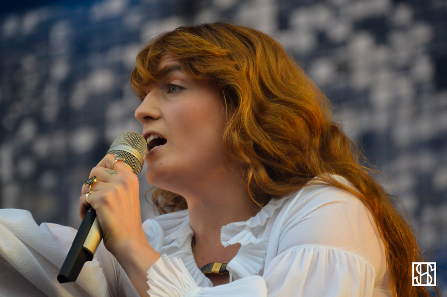 florence-and-the-machine-gov-ball-nyc-2015-7