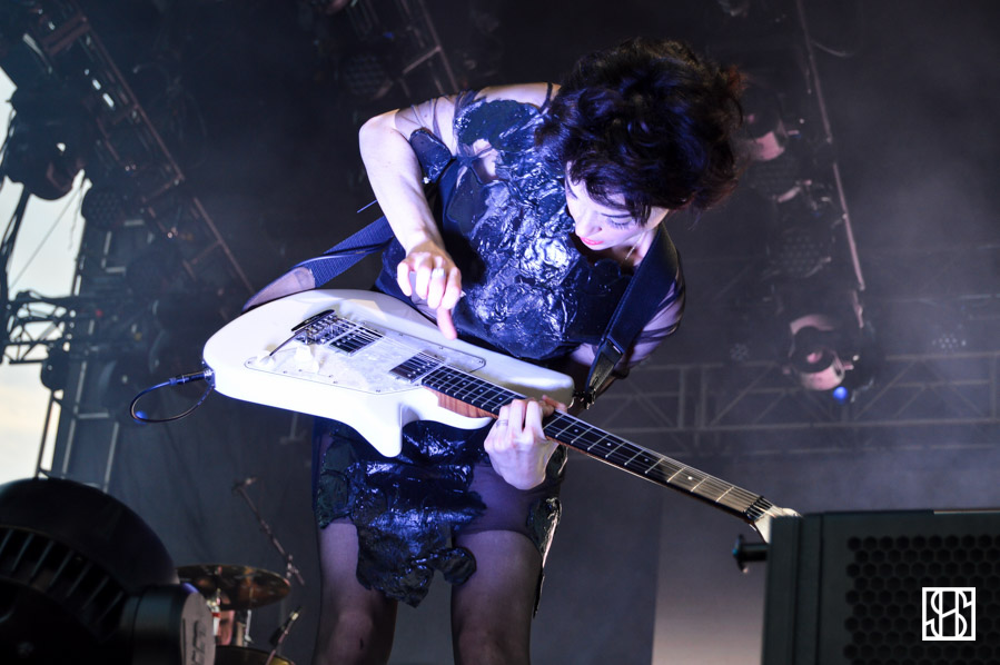 st-vincent-gov-ball-nyc-2015-8