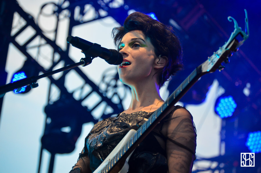 st-vincent-gov-ball-nyc-2015-9