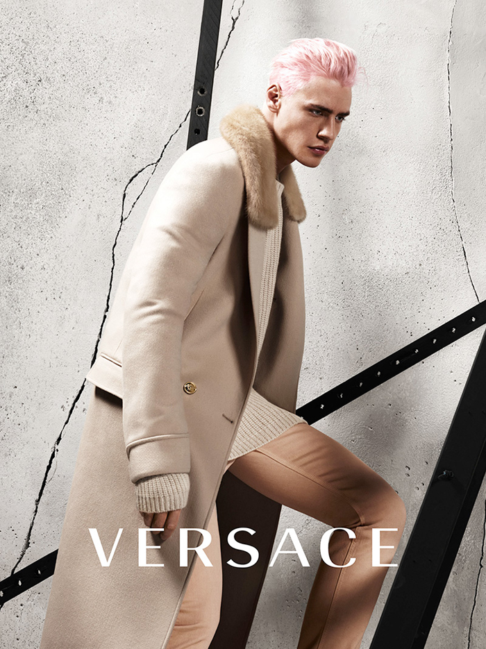 Versace Fall Winter 2015 Campaign-1