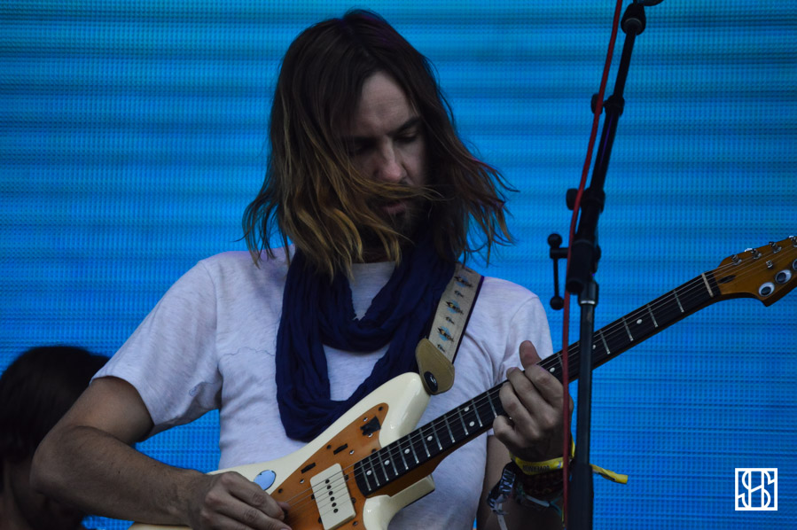 tame-impala-gov-ball-nyc-2015-4
