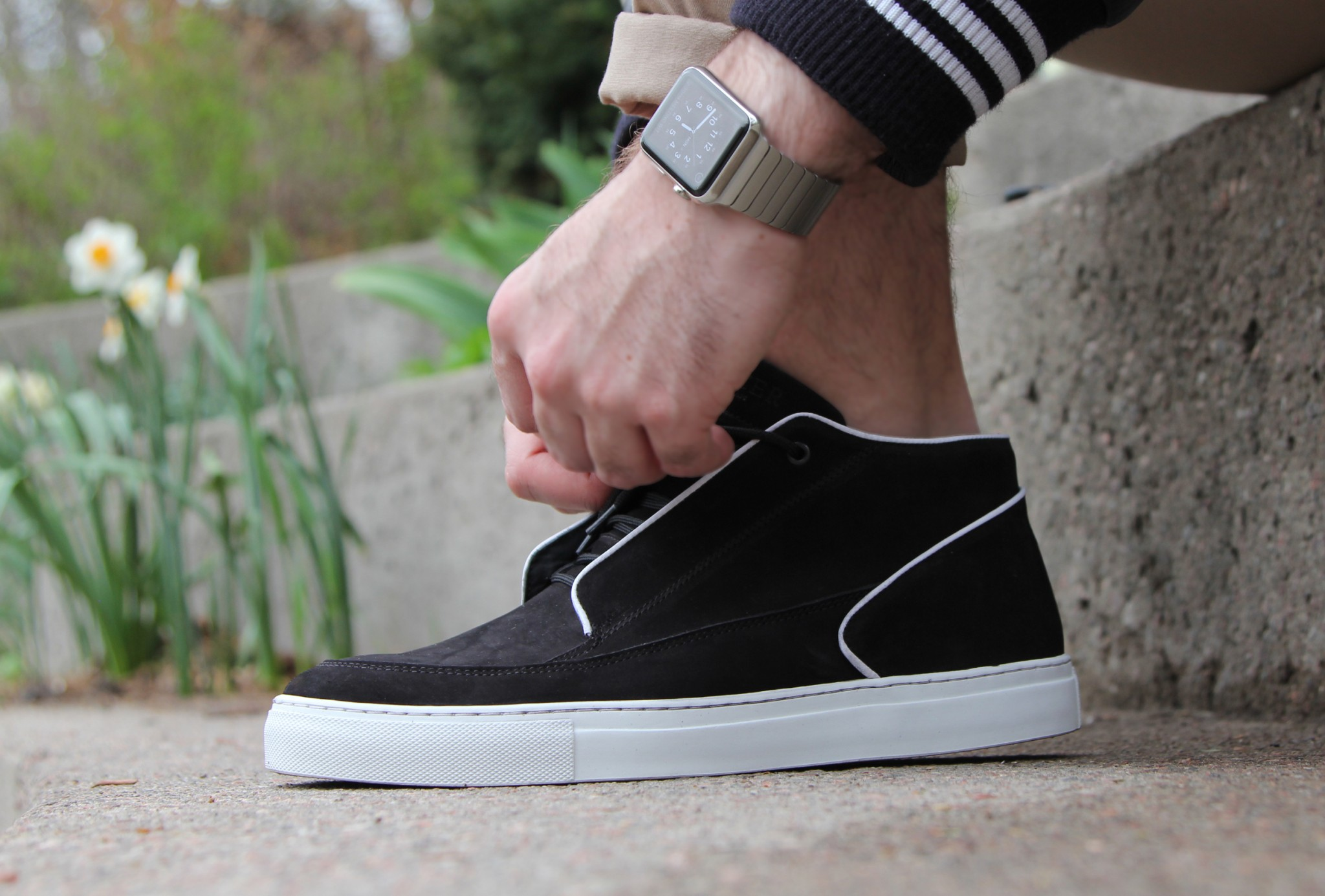 Apple Watch Shoe Tie Up
