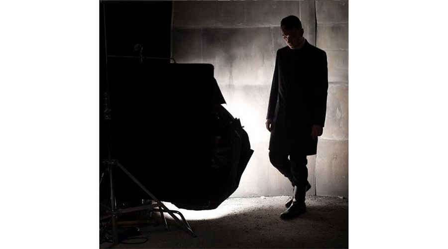 sam-smith-balenciaga-fall-winter-2015-mens-campaign