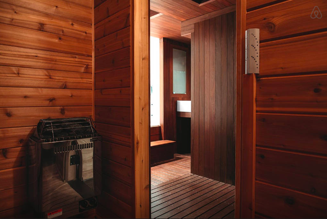 Airbnb Artist Loft Chicago-8