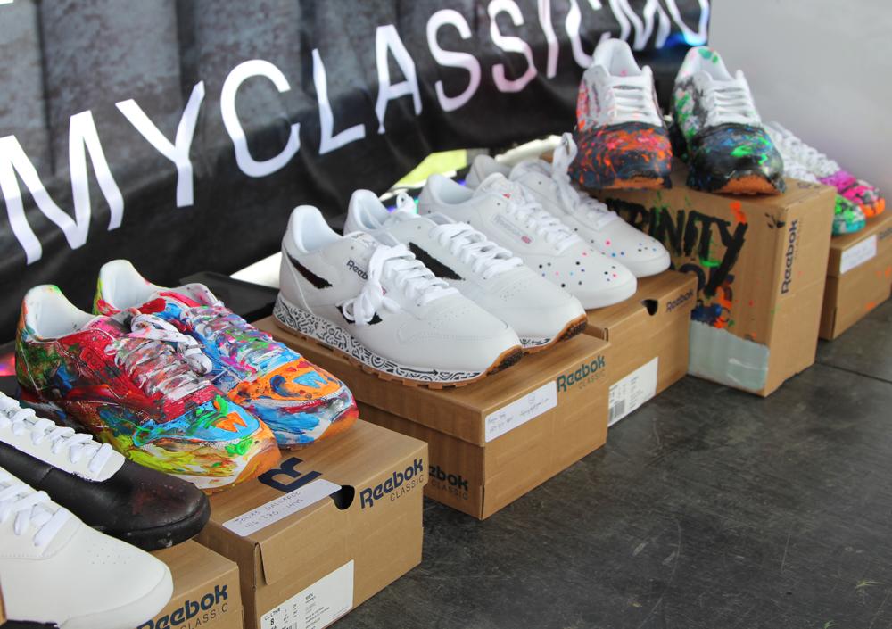 Wrap Up Reebok Classic Canada x WayHome shoe 6