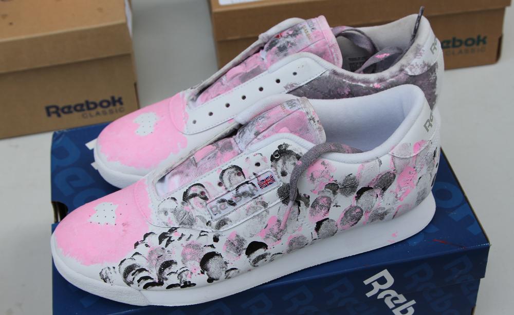 Wrap Up Reebok Classic Canada x WayHome shoes 4